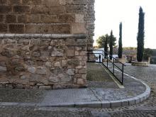 Rampa de acceso por entrada lateral